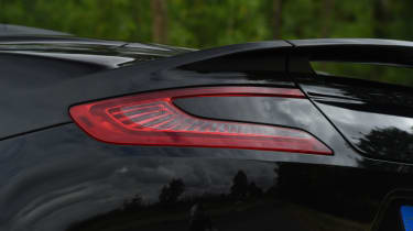 Aston Martin Vanquish S Volante - rear light