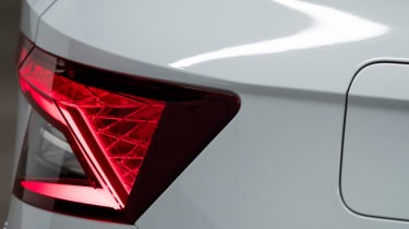 Skoda Karoq live tour tail-lights