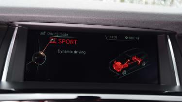 Mercedes GLC vs BMW X3 vs Audi Q5 - infotainment