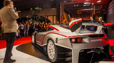Arrinera Hussarya GT rear side