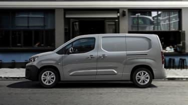Peugeot e-Partner - side