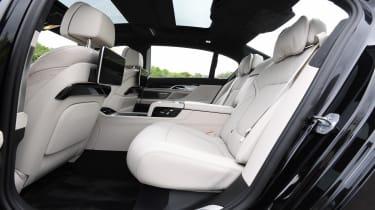 BMW 745Le xDrive - rear seats