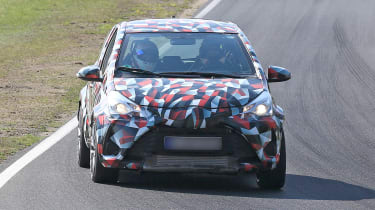 Toyota Yaris spies - front