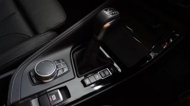BMW X1 2016 - centre console