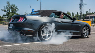 Ford Mustang Small burnout
