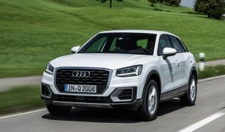 Audi Q2 1.0 TFSI - front tracking