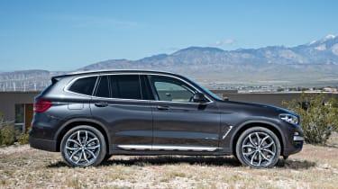 BMW X3 - side
