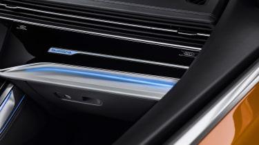 New Audi Q8 - vents