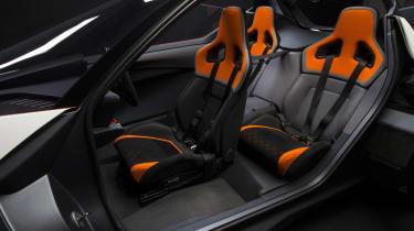 Nissan BladeGlider - seats