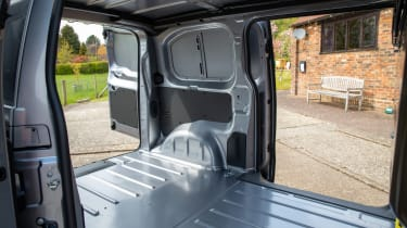 Toyota Proace Electric van - loadspace