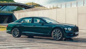 Bentley Flying Spur Hybrid - front static
