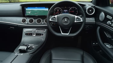 Mercedes E-Class Estate - dash