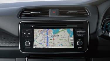 2017 Nissan Leaf - infotainment