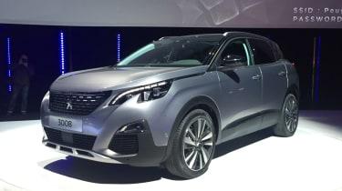 Peugeot 3008 - launch front quarter
