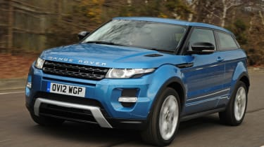 Range Rover Evoque Coupe front tracking