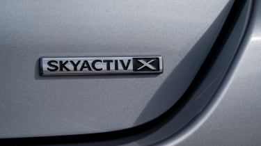 Mazda 3 saloon - skyactiv-x