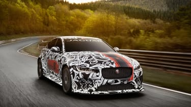 Jaguar XE SV Project8 - front tracking