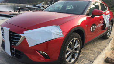 Mazda CX-4 front side
