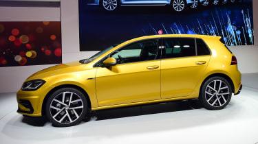 New 2017 Volkswagen Golf reveal - side