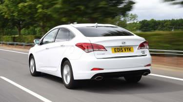 Hyundai i40 - rear tracking