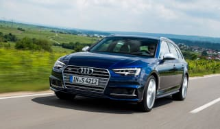 Audi S4 Avant 2016 - front tracking