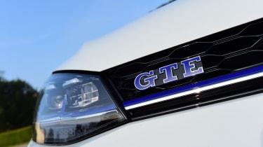 Volkswagen Golf GTE 2017 - headlight