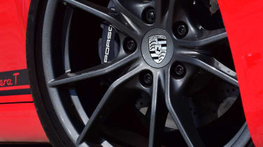 Porsche 911 Carrera T - wheel
