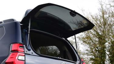 Toyota Land Cruiser - hatch