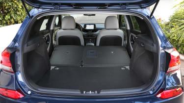 New Hyundai i30 2017 boot seats down