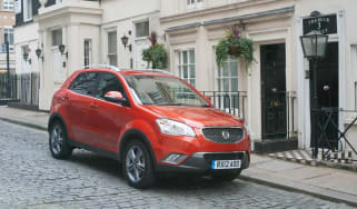 SsangYong Korando LE front static 2