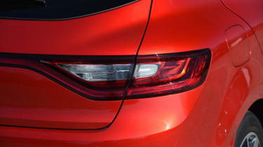 Honda Civic vs Volkswagen Golf vs Renault Megane - megane rear light