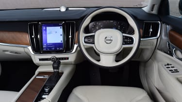 Volvo V90 used guide - interior