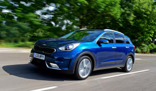 Kia Niro - front action