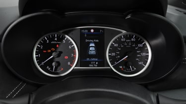 Nissan Micra N-Sport - dials