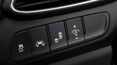 Hyundai i30 Tourer - buttons