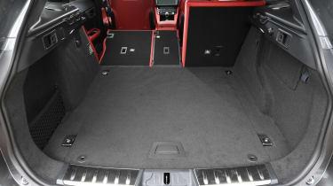 Jaguar F-Pace SVR - boot