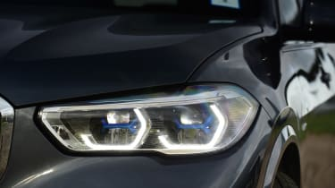 BMW X5 - front light