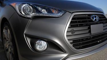 Hyundai Veloster Turbo detail