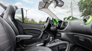 Smart ForTwo Cabrio Electric Drive - interior