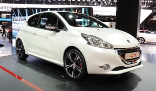 Peugeot 208 GTi Limited Edition front