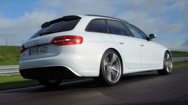 Audi RS4 rear tracking