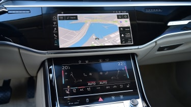 New Audi A8 2017 - infortainment