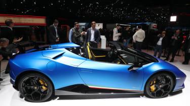 Lamborghini Huracan Performante Spyder side profile