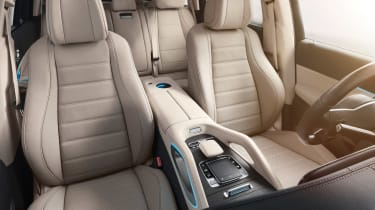 Mercedes GLS - studio seats