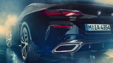 BMW M850i Night Sky - exhaust