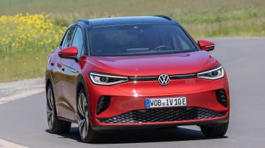 Volkswagen ID.4 GTX cornering