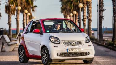 Smart ForTwo Cabrio 2016 - front quarter
