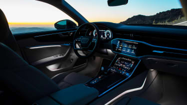 Audi A6 - twilight cabin