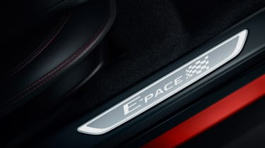 Jaguar E-Pace Chequered Flag Edition - sill