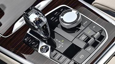 BMW X7 - gearstick